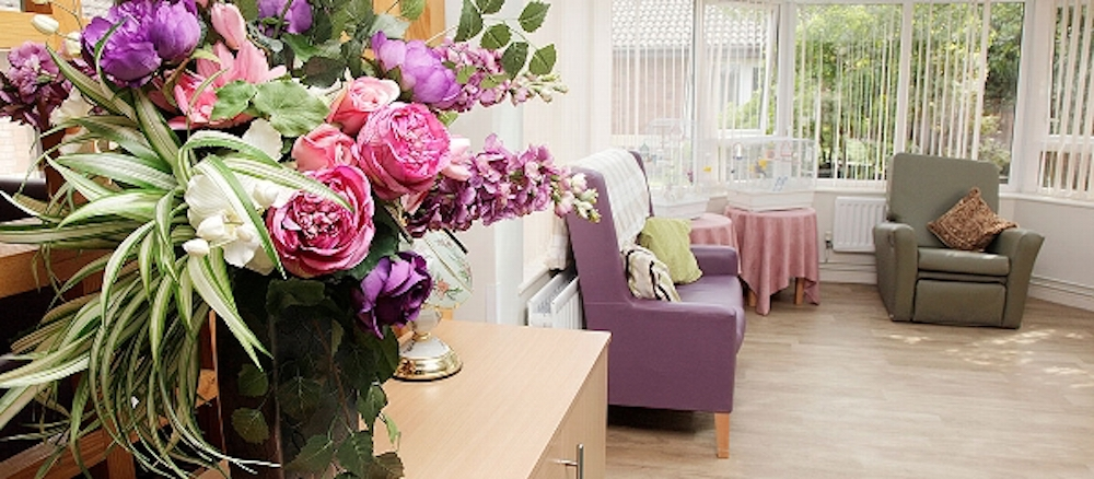 Braemount care home lounge