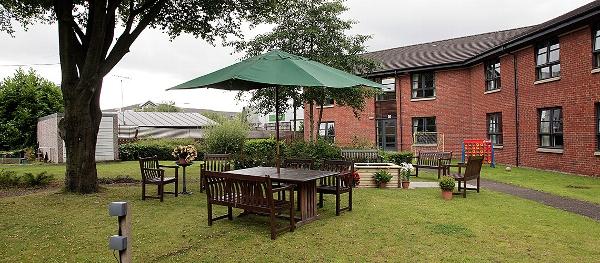 Craigbank care home garden