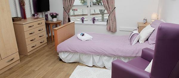 Craigbank care home bedroom