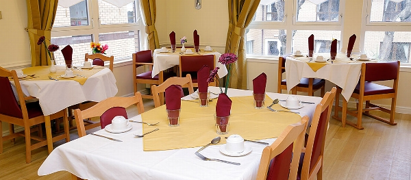 Deanfield Care Home dining room