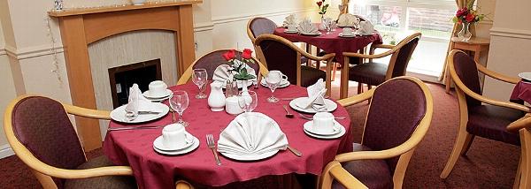 Elderslie Care Home dining