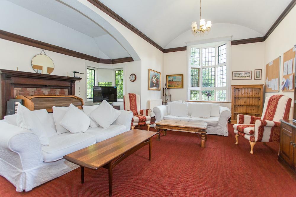 Maycroft Care Home lounge