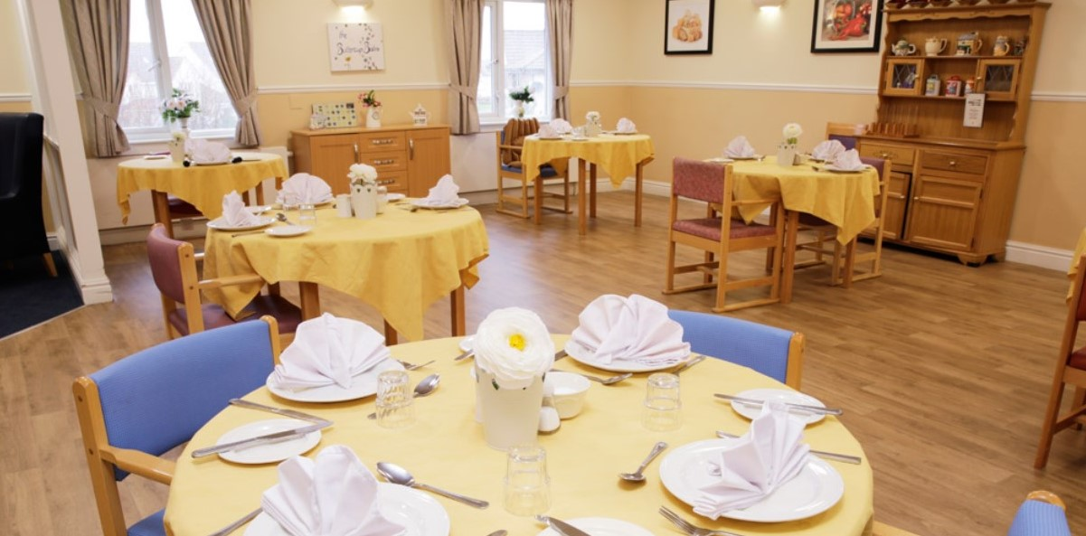 Newcarron Care Home dining