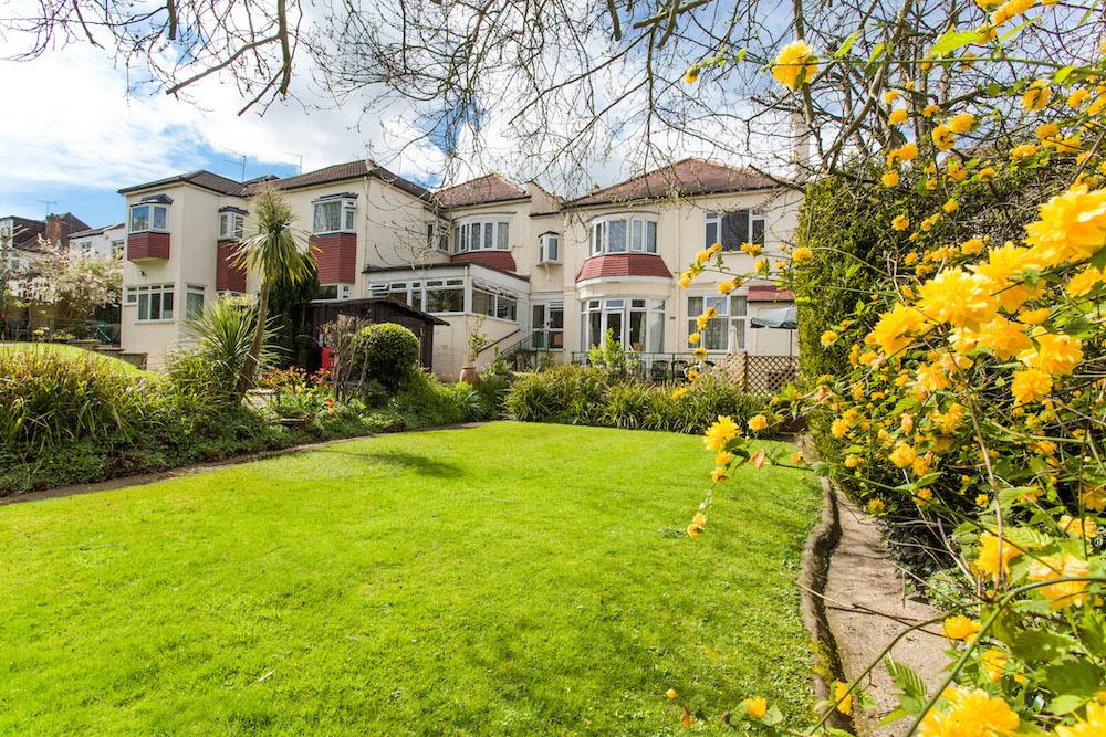 Roseacres Care Home garden
