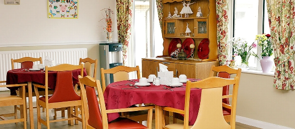 Rutherglen Care Home dining