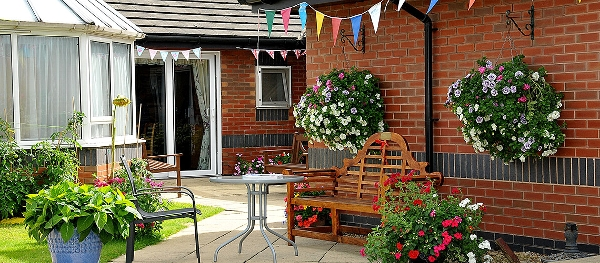 West Ridings Care Home garden