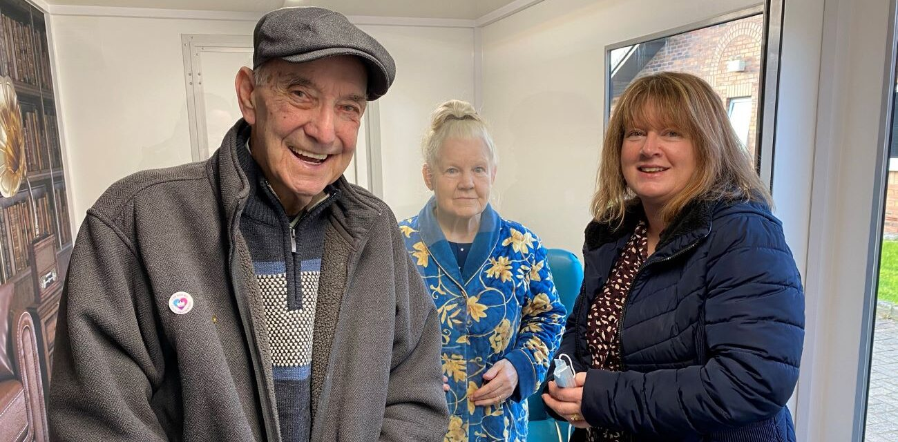 The arrival of a COVID safe visiting pod has enabled Team Mill View to reunite Resident Margaret with her husband after a year apart.