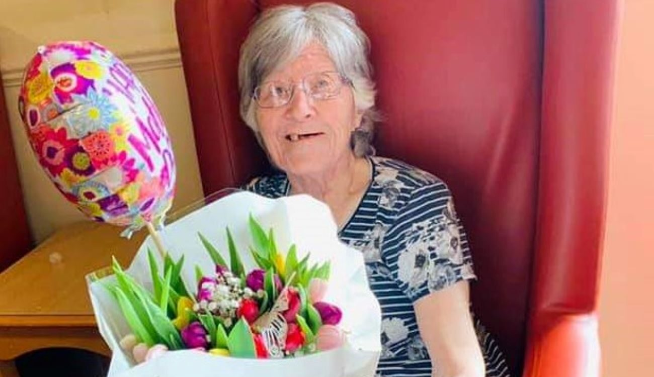 There was plenty of love and laughter at Hill View this Mother's Day, as the Residents were spoilt by their nearest and dearest.